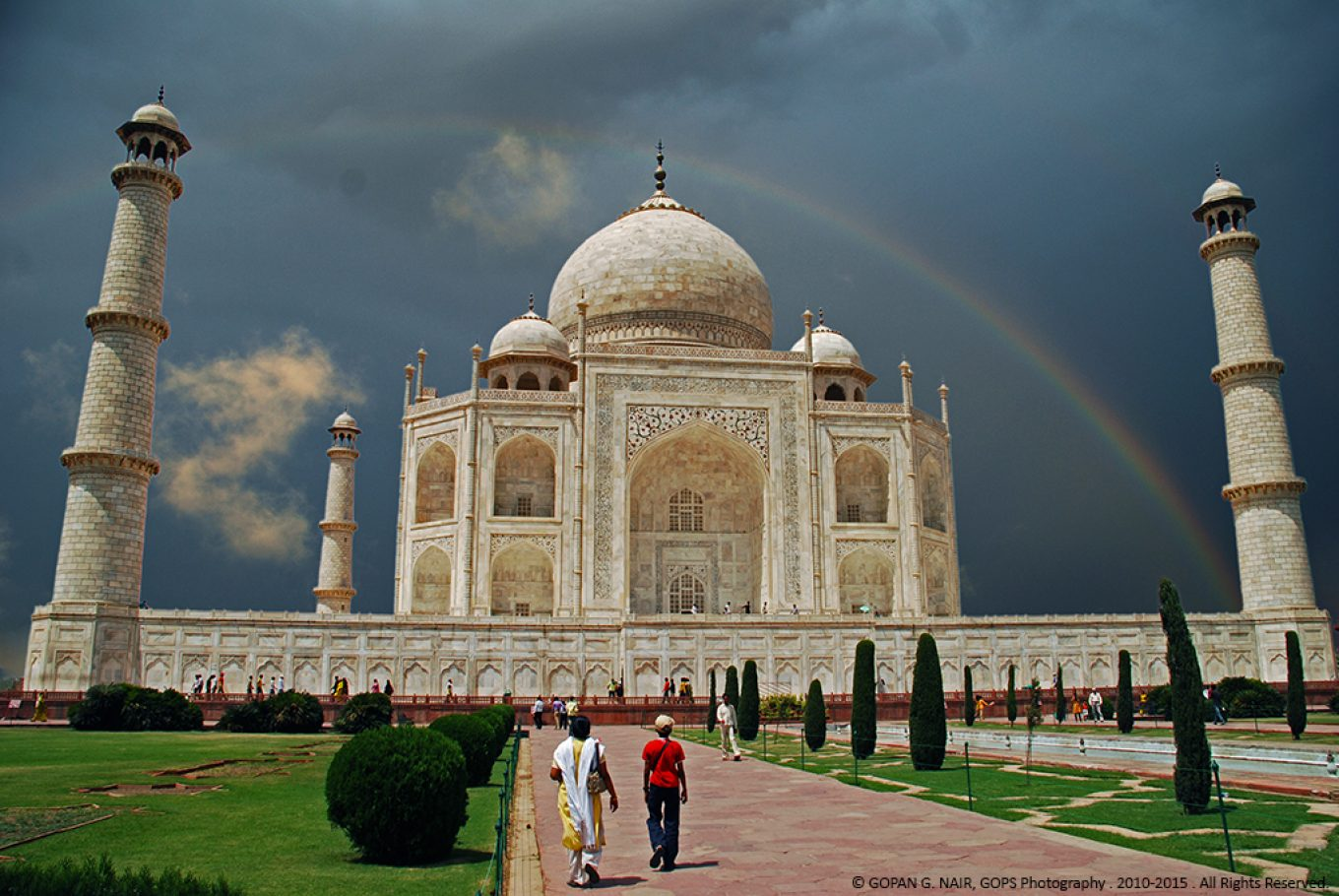 THE MOST PHOTOGRAPHED MONUMENT IN THE WORLD ! TAJ MAHAL, INDIA