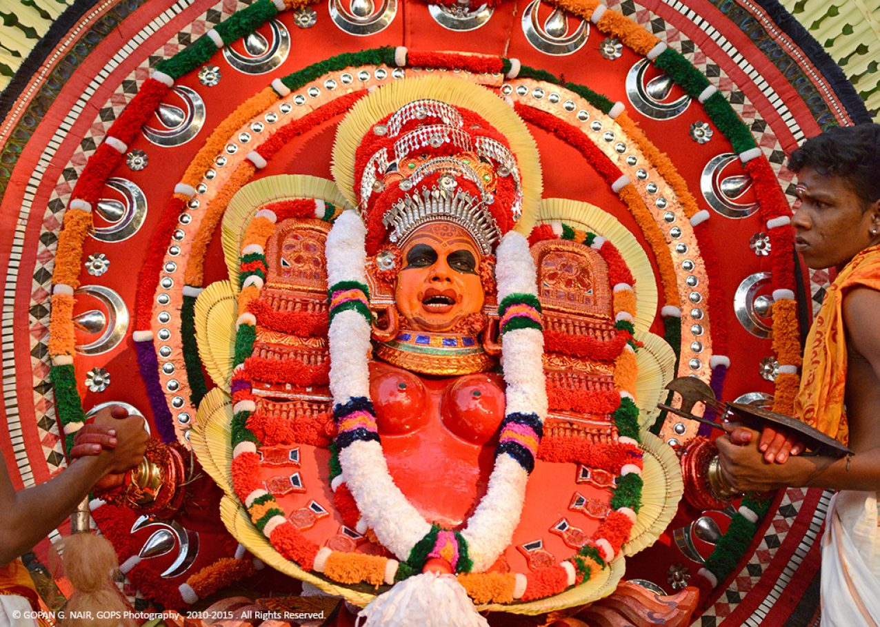 DANCE OF THE DEMIGODS. THEYYAM PERFORMANCE FROM NORTHERN KERALA