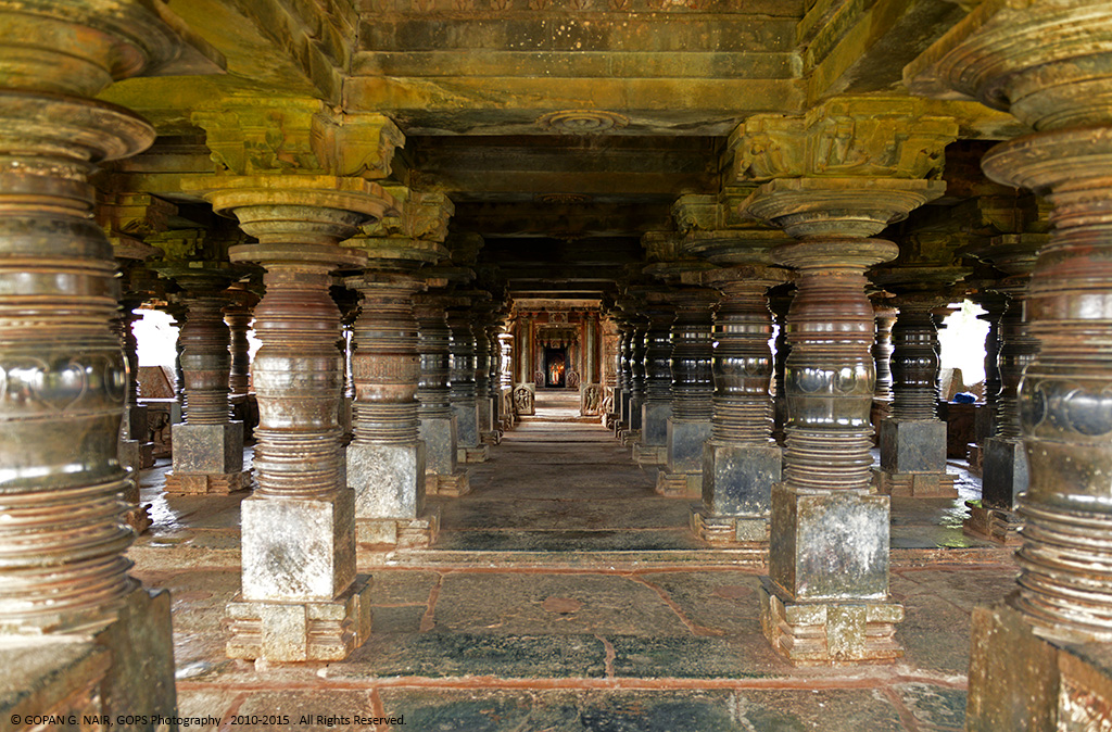 INSIDE THE MANDAP (HALL) OF VEERA NARAYANA TEMPLE, BELAVADI