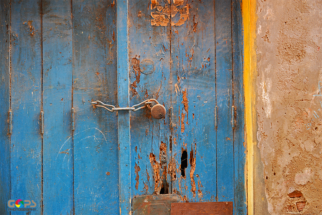 THE LOCKED DOOR FROM VARANASI STREETS