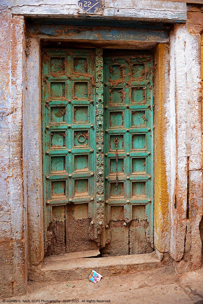 A DOOR THAT TOOK ME HUNDREDS OF YEARS INTO THE PAST