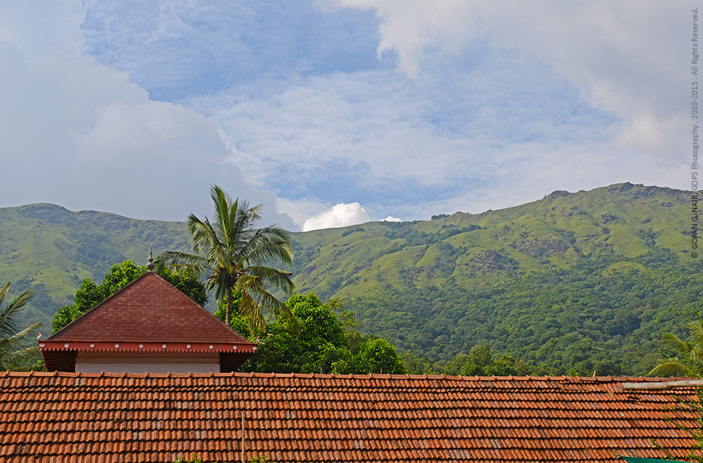 THIRUNELLI TEMPLE WITH A BEAUTIFUL BACKDROP.