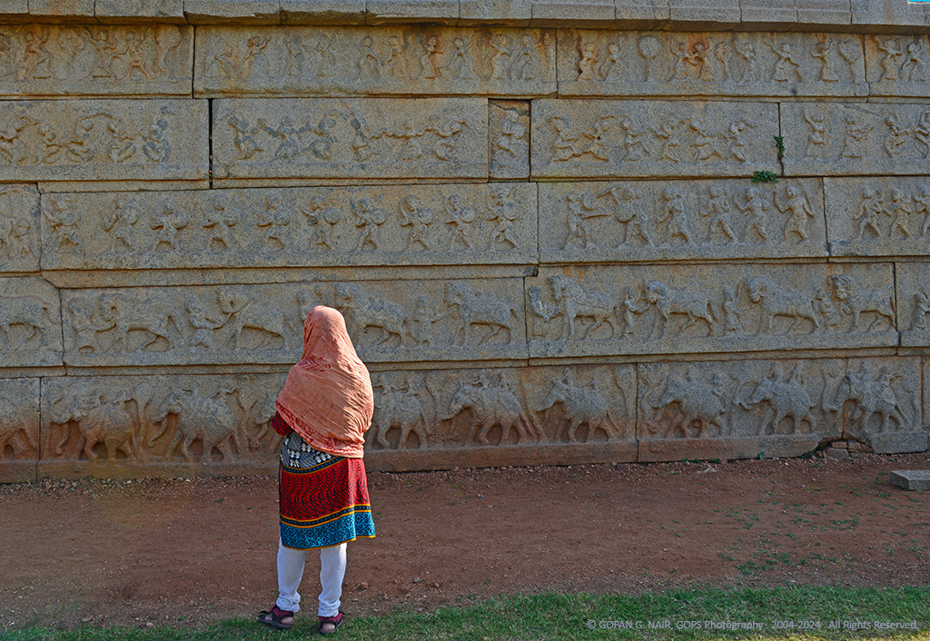 STORY-TELLING CARVINGS ON HAZARARAMA TEMPLE WALLS, HAMPI